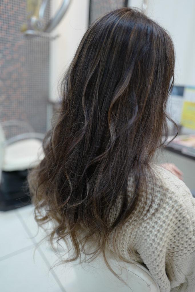 美容室アシック 伊勢崎 美容室 美容師 ブログ 髪質改善 求人  有賀聡 裾カラー ブリーチ グラデーションカラー