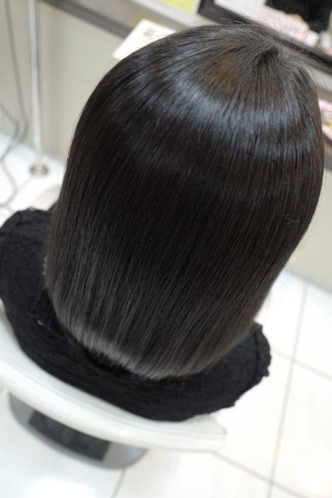 美容室アシック 伊勢崎 美容室 美容師 ブログ 髪質改善 縮毛矯正 トリートメント 求人  有賀聡 アイロンを使わない縮毛矯正 天使の輪