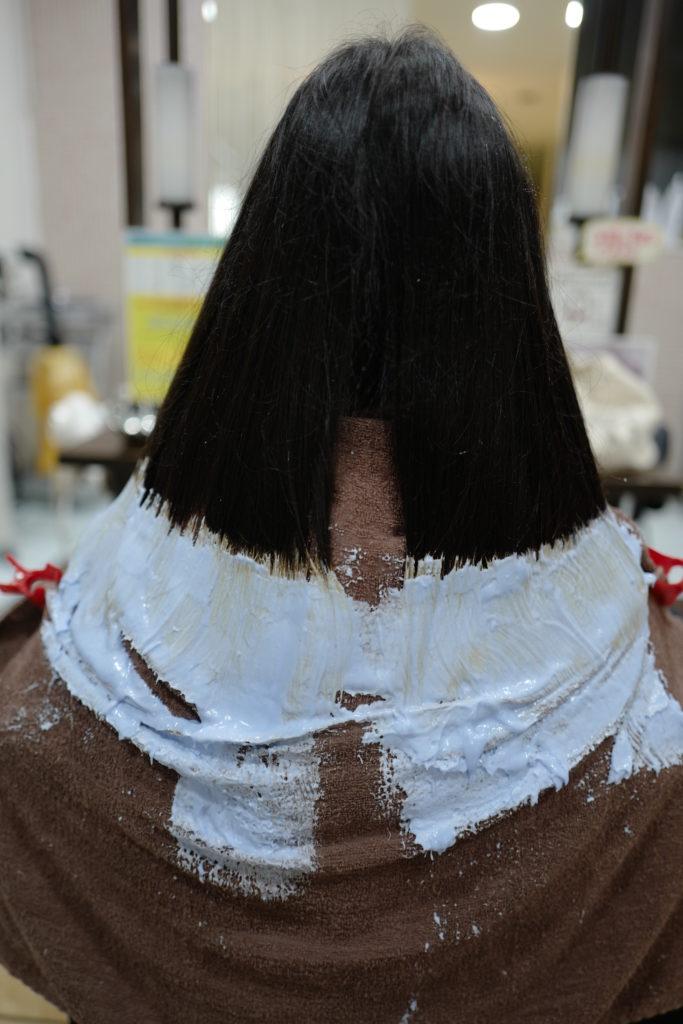 美容室アシック 伊勢崎 美容室 美容師 ブログ 髪質改善 求人  有賀聡 裾カラー ブリーチ 黒髪から変身