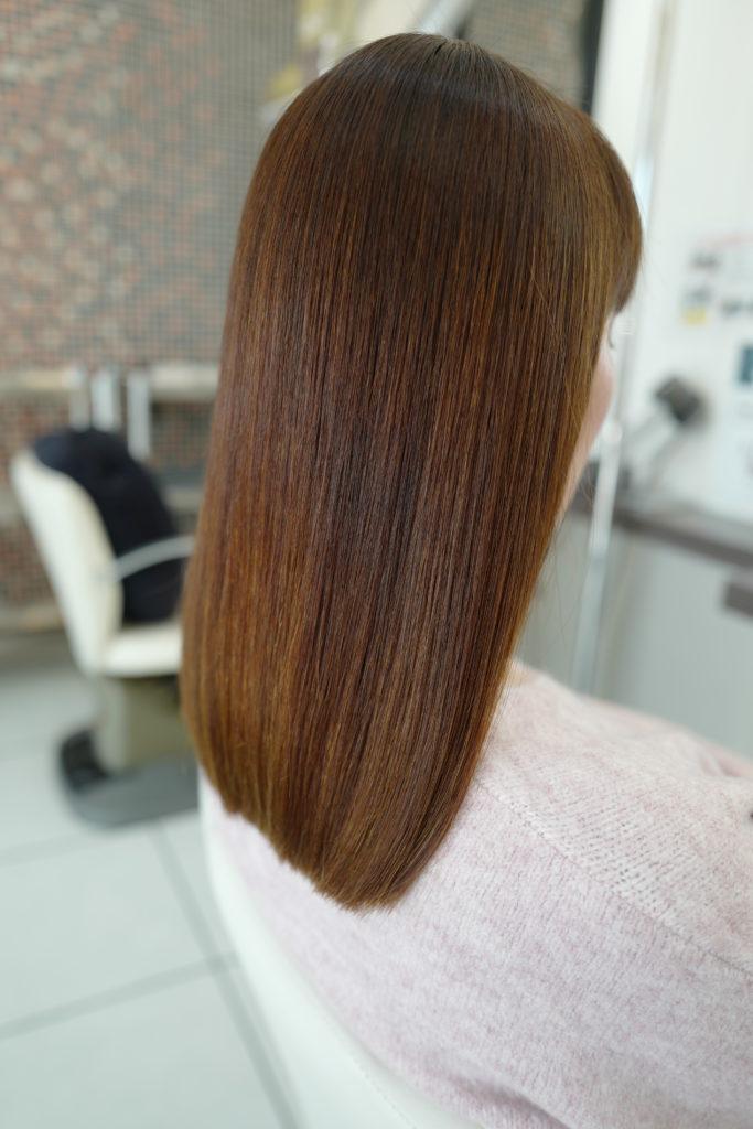美容室アシック 伊勢崎 美容室 美容師 ブログ 髪質改善 縮毛矯正 トリートメント 求人  有賀聡  強いパーマ液を使わずにアイロンを使わない縮毛矯正