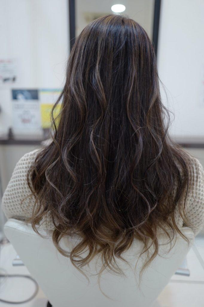 美容室アシック 伊勢崎 美容室 美容師 ブログ 髪質改善 縮毛矯正 トリートメント 求人  有賀聡  進化するハイライト