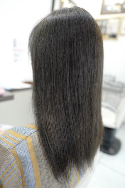 美容室アシック 伊勢崎 美容室 美容師 ブログ 髪質改善 縮毛矯正 トリートメント 求人 有賀聡 カラー 暗くても黒くない色