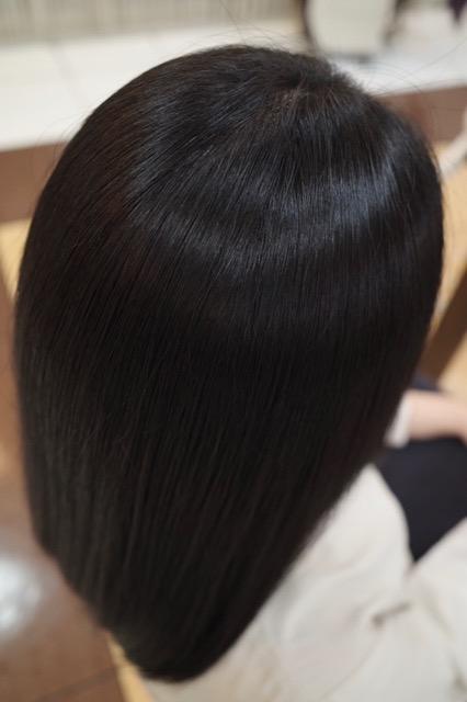美容室アシック 伊勢崎 美容室 美容師 ブログ 髪質改善 縮毛矯正 トリートメント 求人 有賀聡 強いパーマ液や高音アイロンを使わない縮毛矯正