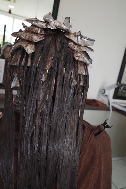美容室アシック 伊勢崎 美容室 美容師 ブログ 髪質改善 縮毛矯正 トリートメント 求人 有賀聡 カラー ハイライト 入れない理由が無い