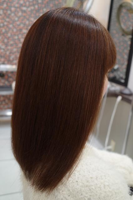 美容室アシック 伊勢崎 美容室 美容師 ブログ 髪質改善 縮毛矯正 トリートメント 求人 有賀聡 アホ毛 強いパーマ液や高温アイロンを使わない縮毛矯正