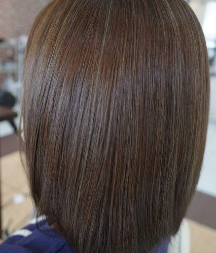 群馬県 伊勢崎市 髪質改善 美容室アシック 美容師 有賀聡 縮毛矯正 トリートメント ハイライト